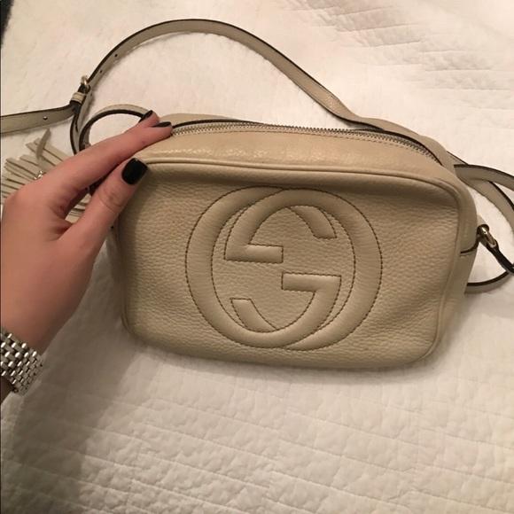 Gucci Handbags - Pale nude Gucci soho disco crossbody